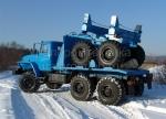 Тягач трубовоз Урал 4320 с прицепом роспуском